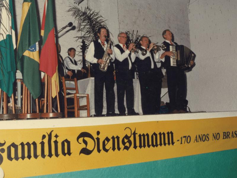 1997.10.05 – 1º Encontro da Família Dienstmann – 170 anos no Brasil – Dois Irmãos.12