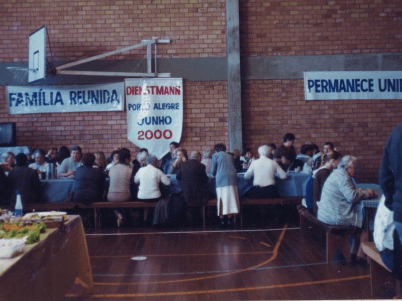 2000.06.04 – 1º Encontro Regional de Porto Alegre – Família Dienstmann – Comunidade Evangélica São Matheus.6